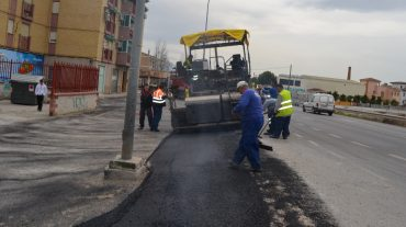 Pinos Puente invierte 50.000 euros en su Plan de Asfaltado y Reparación de Vía Pública
