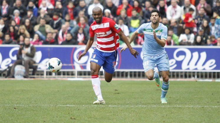 Foulquier ha disputado esta temporada 24 partidos con el Granada. Foto: Álex Cámara